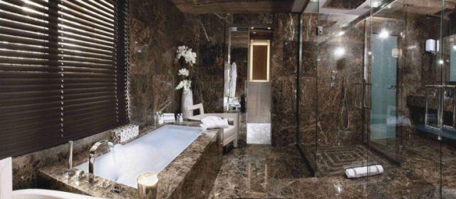 phong tắm biệt thự Chalet Brickell 1