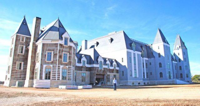top 7 biệt thự lớn nhất thế giới Pensmore Mansion 3