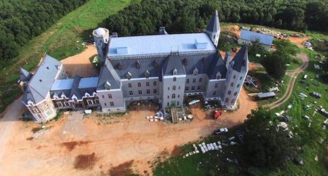top 7 biệt thự lớn nhất thế giới Pensmore Mansion 5