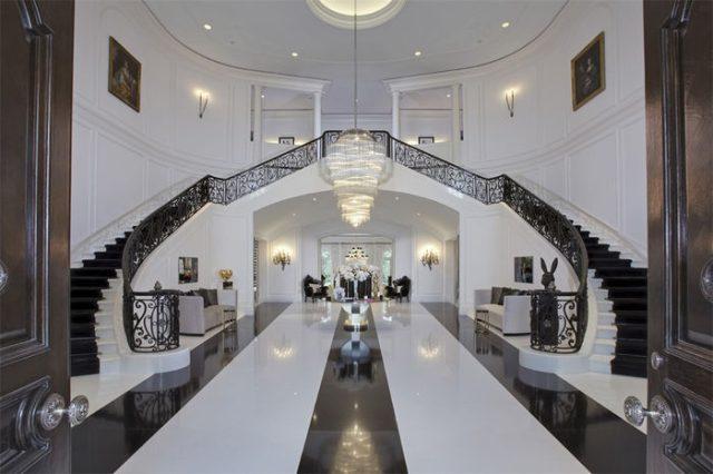 khu cầu thang biệt thự the manor