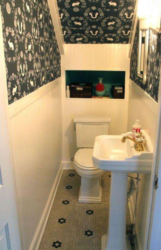 nhà vệ sinh dưới gầm cầu thang 13