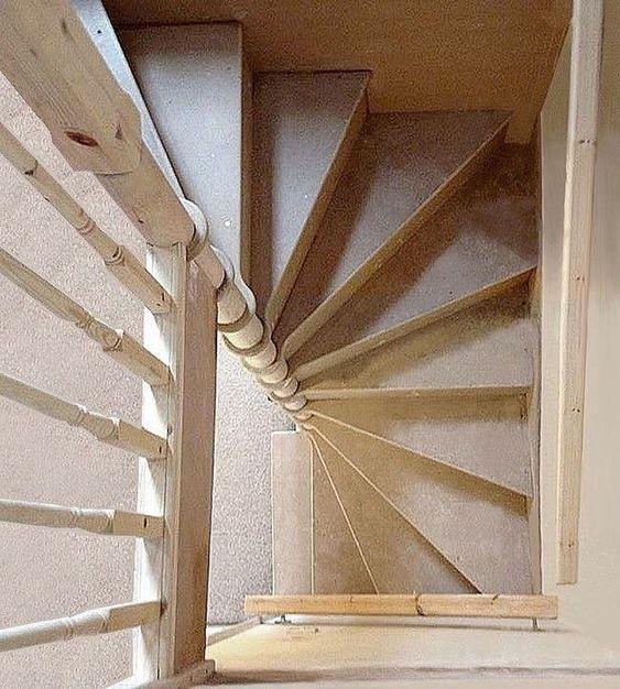 cầu thang xoắn bậc gỗ 7
