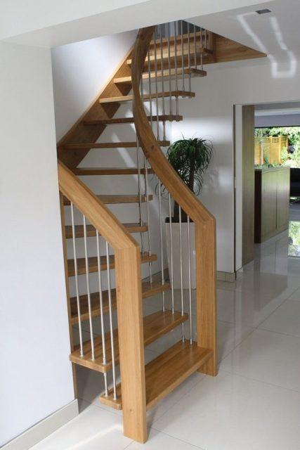 thiết kế cầu thang nhà hẹp 14