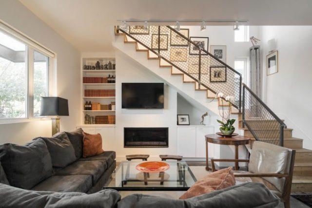 thiết kế phòng khách có cầu thang 4