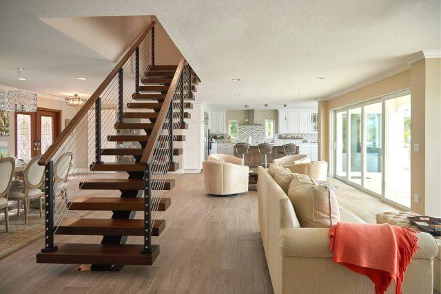 thiết kế phòng khách có cầu thang 9