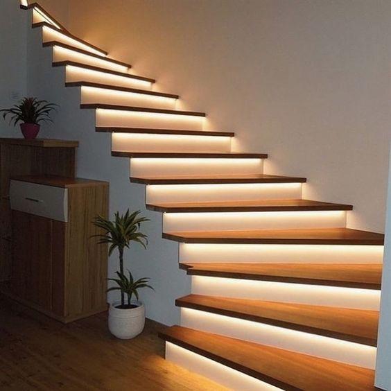 trang trí đèn cầu thang 12
