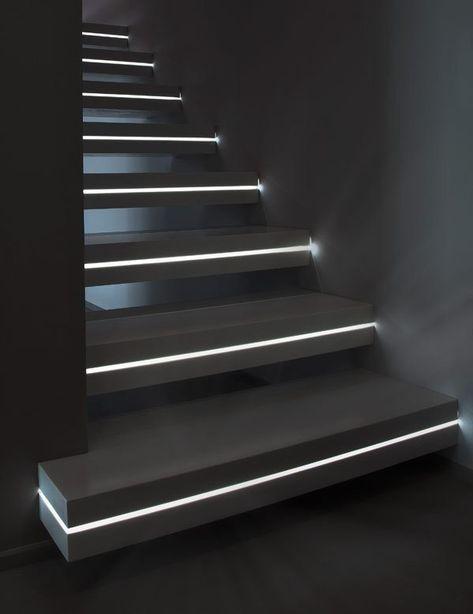 trang trí đèn cầu thang 18