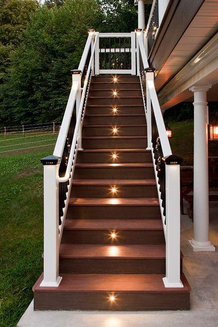 trang trí đèn cầu thang 3