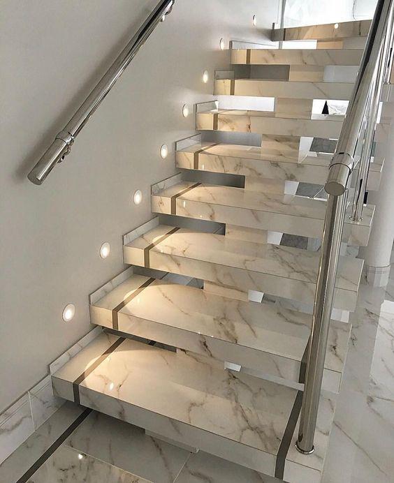 trang trí đèn cầu thang 4