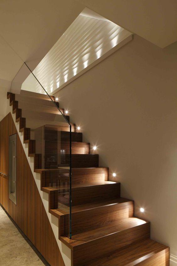 trang trí đèn cầu thang 7