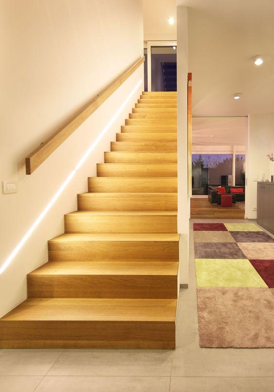 trang trí đèn cầu thang 8