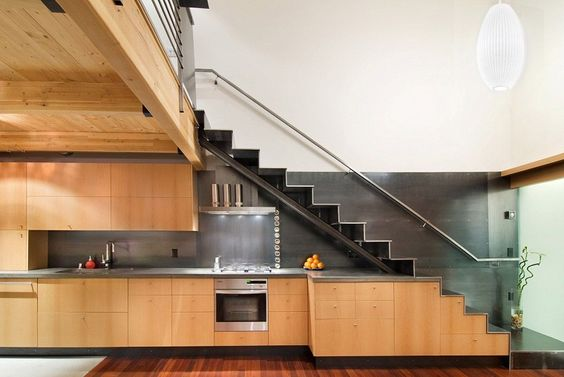 tủ bếp dưới cầu thang 5