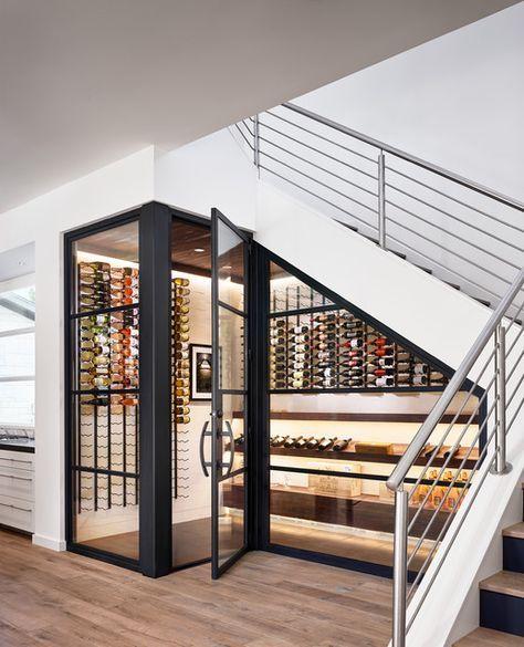 tủ rượu dưới gầm cầu thang 2