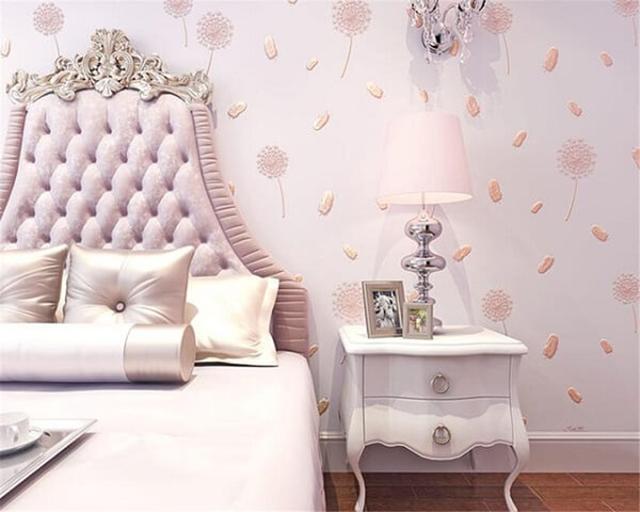 giấy dán tường phòng ngủ màu hồng đẹp sang chảnh 1