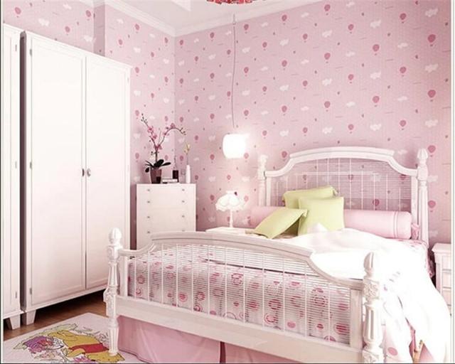 giấy dán tường phòng ngủ màu hồng đẹp sang chảnh 2