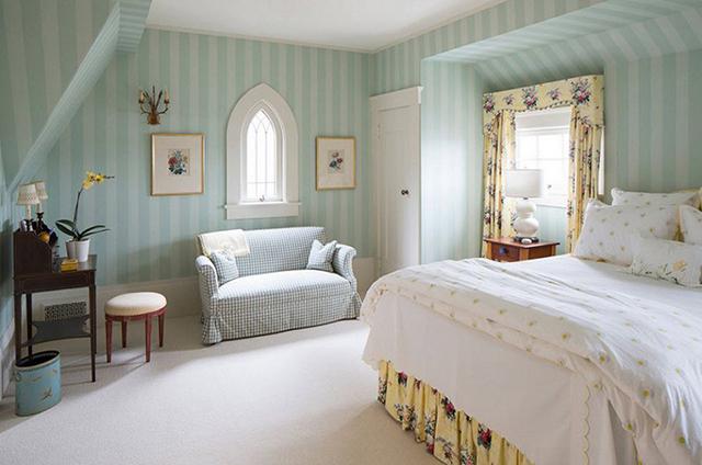 giấy dán tường phòng ngủ phong cách hiện đại