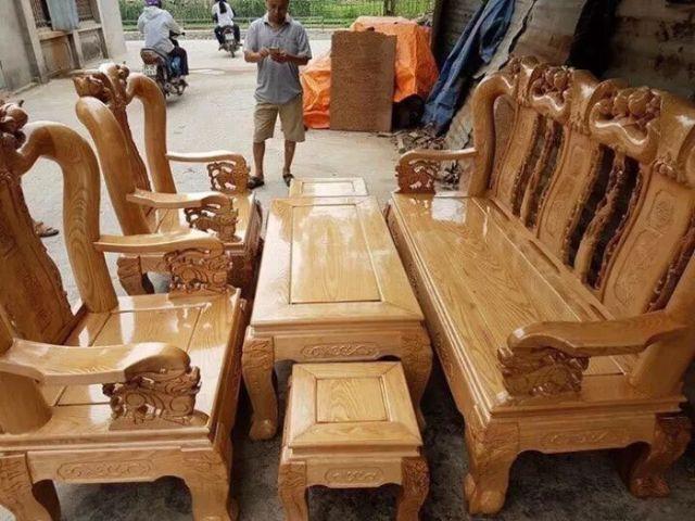 Bàn ghế gỗ sồi 1