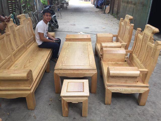 Bàn ghế gỗ sồi 2