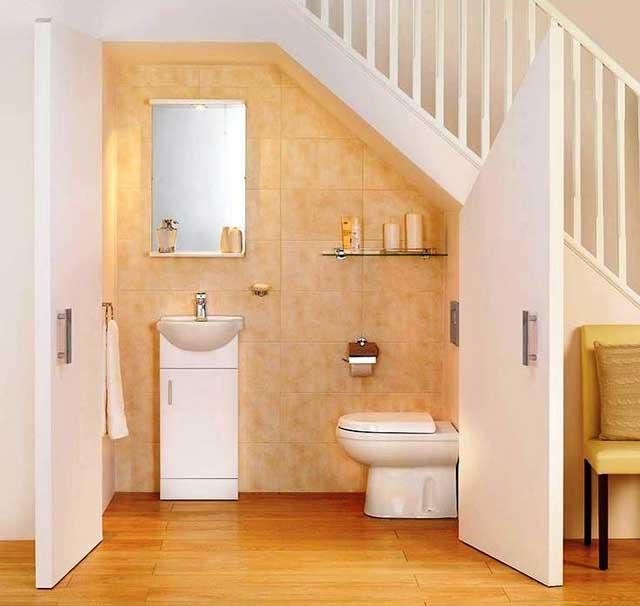 Bố trí nhà vệ sinh nhà ống dưới gầm cầu thang